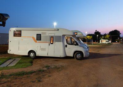 camper-parking-gallipoli-by-night-2