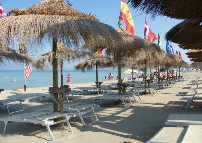 beach-services-by-parking-camper-gallipoli