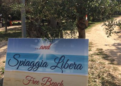 direct-access-to-free-beach-2